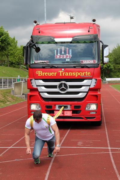 Jubi2012 Truck-pull-03-037